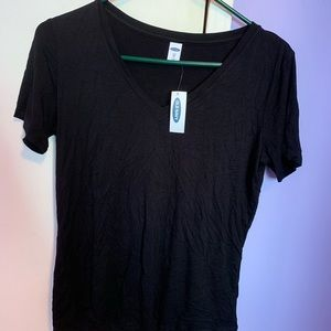 Black old navy t-shirt